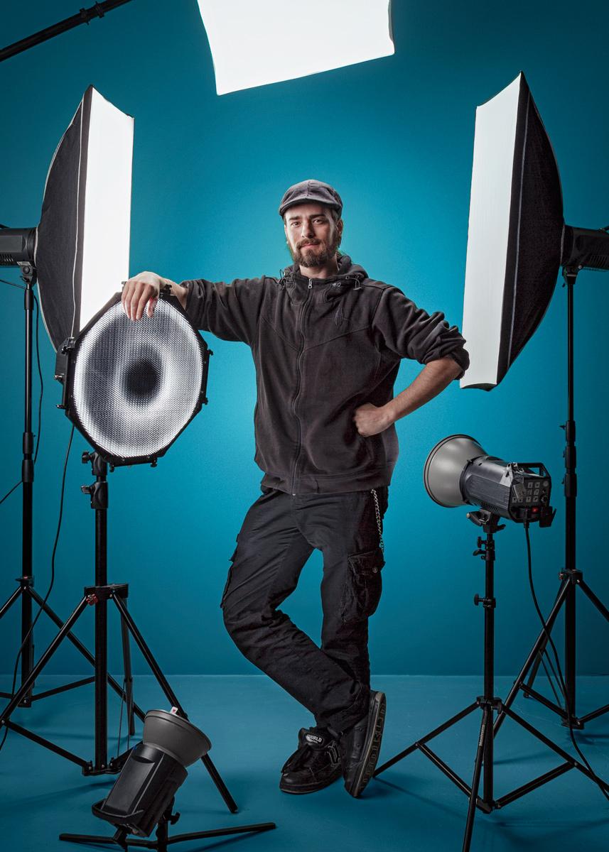 valokuvaaja, valokuvaaja oulu, mainoskuvaus, yrityskuvaus, tuotekuvaus, valokuvat, mainoskuvat, yrityskuvat, tuotekuvat, parhaat kuvat, paras kuvaaja, photographer, photography, valokuvaus, helsinki, commercial, advertising, portraits, promokuvat, band photography
